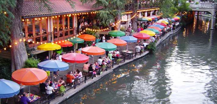 Located All Along The Paseo Del Rio Riverwalk Are Best And Most Authentic Mexican Restaurants In Texas Many Offer Riverside Dining Such As Ones